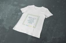 白色tshirts衣服样机模板