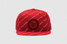 红色帽子样机模板