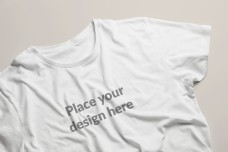 白色的t恤样机模板